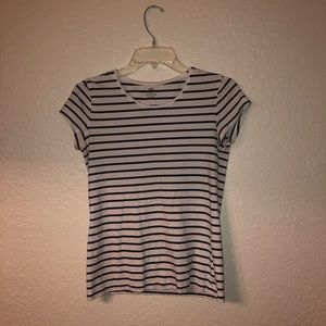T-shirt by H&M